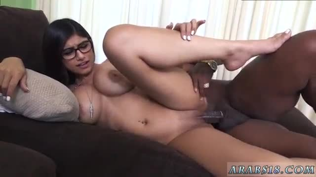 Hardcore Anal Oil Mia Khalifa Tries A Big Black Dick -4911