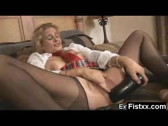 white girl get mouthfucked by white cock